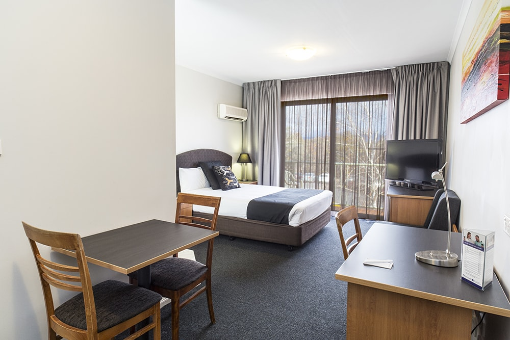 Alpha Hotel Canberra Deluxe Room with Terrace